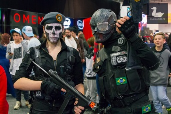 Rainbow Six cosplay by Sophie van der Pol and Roy Sanders.