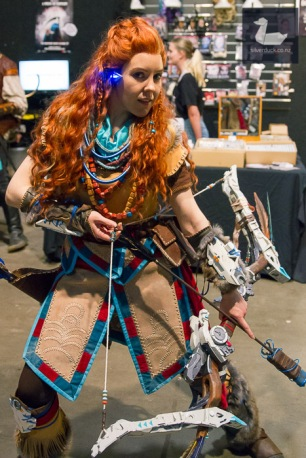 Aloy (Horizon Zero Dawn) cosplay by LaRella.