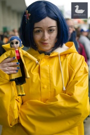 Coraline cosplay by Jellicle Cosplay.