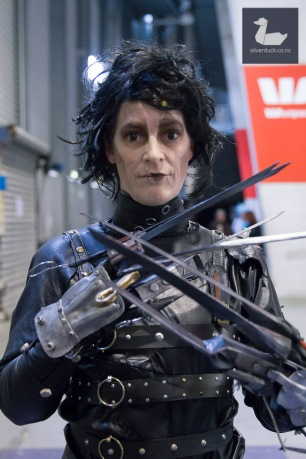 Edward Scissor Hands cosplay by Kate V Hill. Wellington Armageddon Expo 2018. Photo by Silver Duck.
